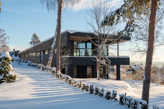 Villa Fjeldhøi / MORFEUS arkitekter