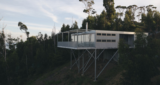 Cumulus House / Chris Connell Design