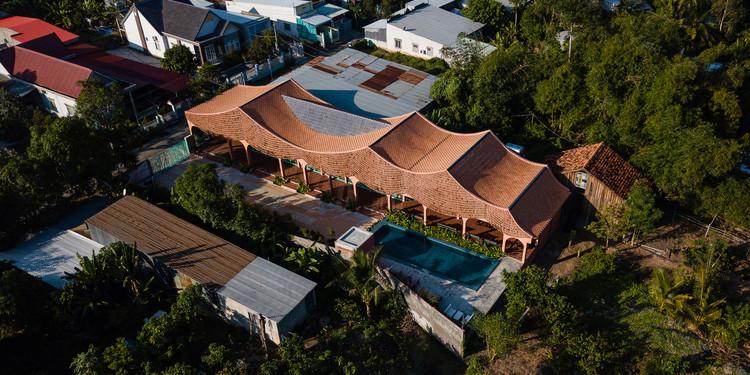 Hotel Duyen Casa II / Block Architects, © Quang Dam