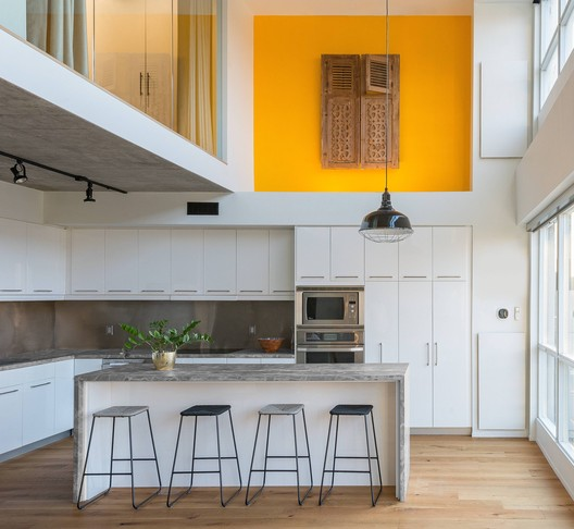 King West Loft / Studio of Contemporary Architecture (SOCA)