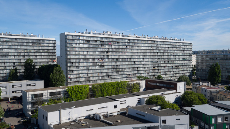 Transformación de 530 unidades habitacionales. Imagen © Philippe Ruault