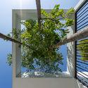 ottiqa selected 02a - Ottiqa House: công trình với thiết kế đơn giản nhưng lại tích hợp nhiều giải pháp thông minh thú vị