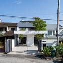 ottiqa 01 - Ottiqa House: công trình với thiết kế đơn giản nhưng lại tích hợp nhiều giải pháp thông minh thú vị
