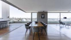 Apartamento RM15 / Aguirre Arquitetura