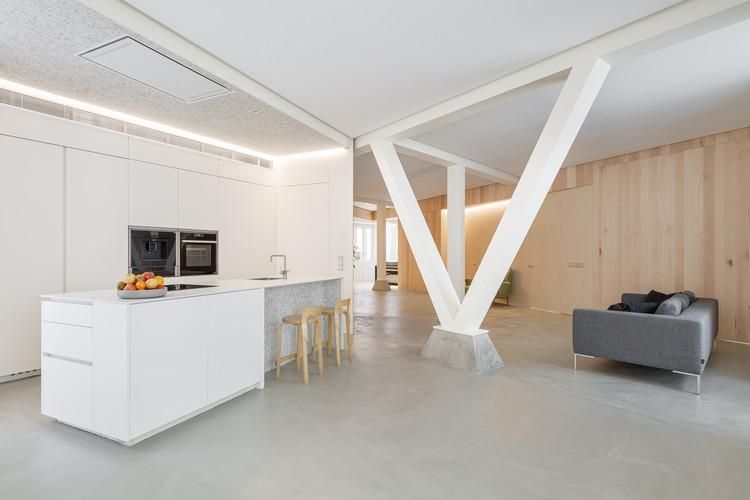 Casa en Esquina / RUE arquitectos, © Aitor Estévez