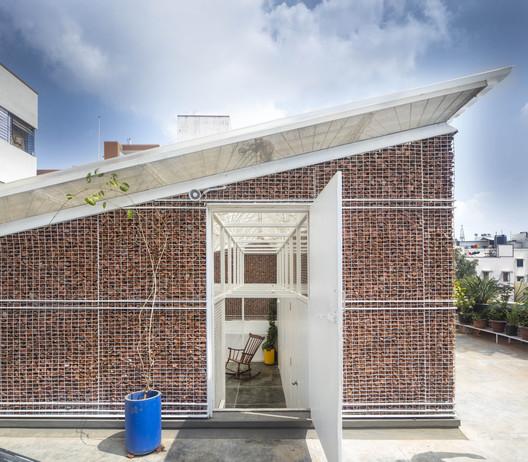 Casa andamio / Gaurav Roy Choudhury Architects GRCA