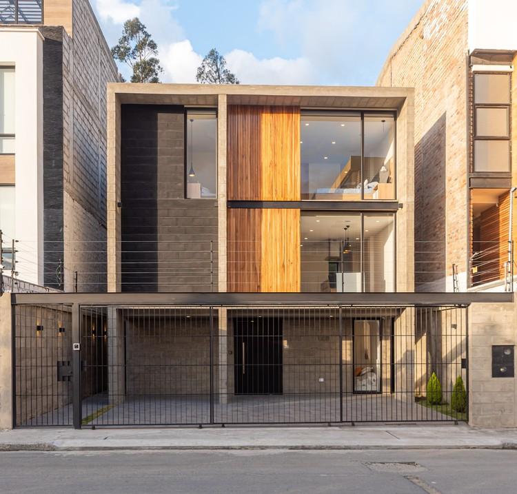 Casa Moca / CASTILLO + VALDIVIESO arquitectos, © Max Coronel