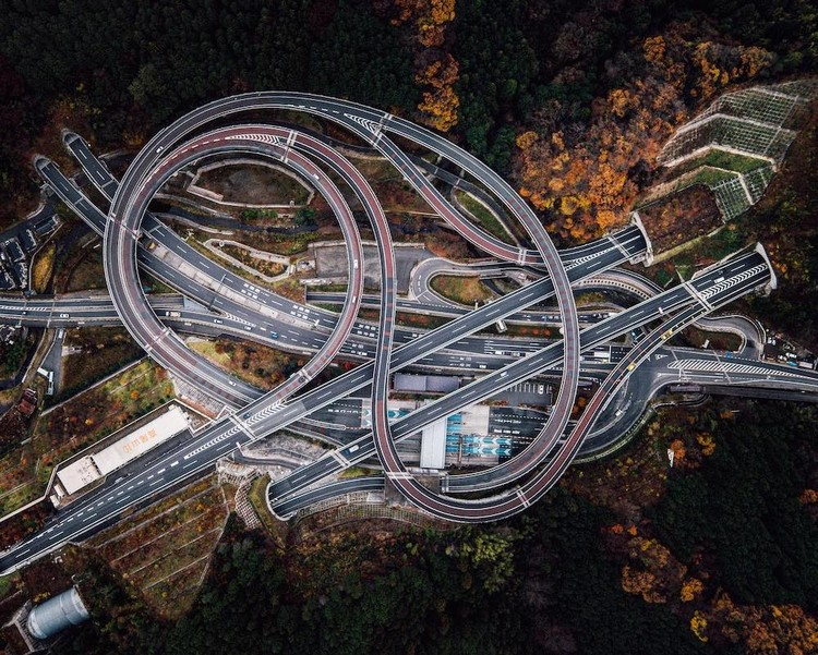 In Transit: Large-Scale Road Infrastructures Seen from Above, Sagamihara, Japan. Drone photo by Rob Antill (@digitalanthill) and Ben Steensls (@randomoperator)