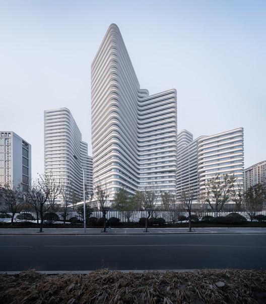 Kaiyuan Street Residential Development / Baumschlager Eberle Architekten, © Qingshan Wu