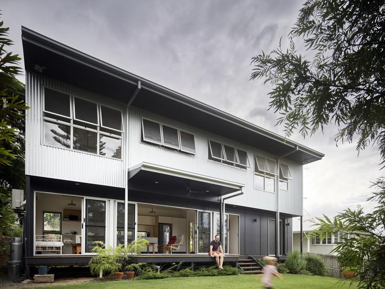 OURHOUSEWANDAL / Design+Architecture + N Veenstra, © Scott Burrows