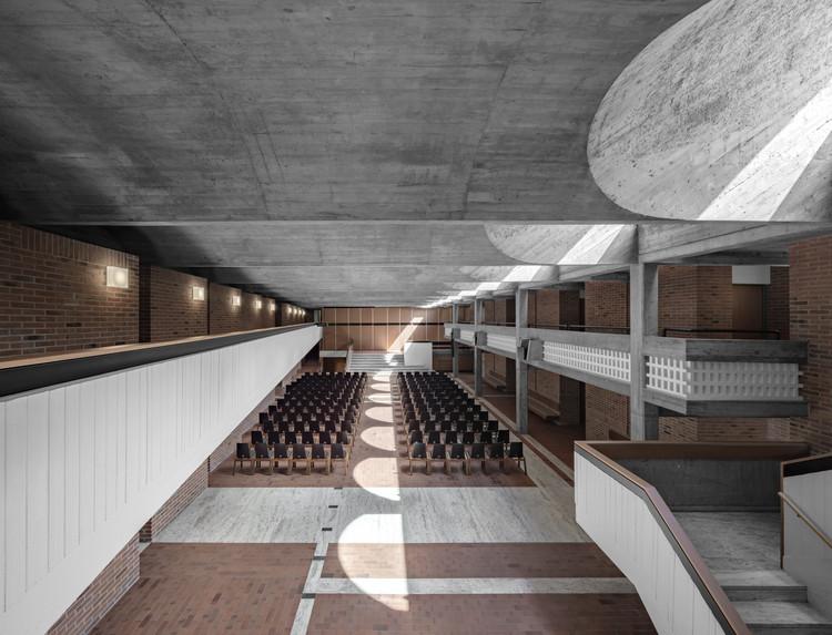 Cusanus Academy Renovation / MoDusArchitects, © Gustav Willeit
