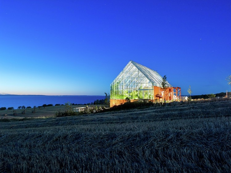 Greenhouses as Spaces for Coexistence between Nature and People