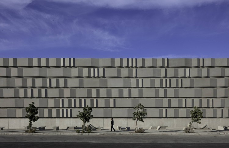 PG&E Embarcadero & Potrero / Stanley Saitowitz | Natoma Architects, © Richard Barnes