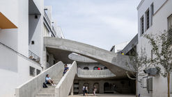 Improvement in the Courtyards of the University of Malaga / DJarquitectura