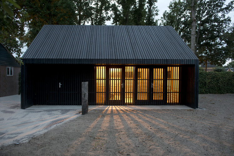 Sheep Shed / WARC | ArchDaily