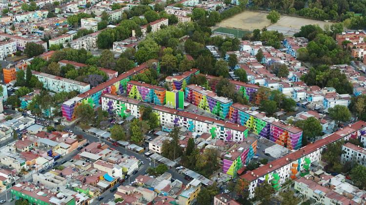 Inauguran la exposición fotográfica sobre la historia de la Unidad Habitacional El Rosario en la Ciudad de México, Estado actual Unidad Habitacional El Rosario (2021). Image © Santiago Arau