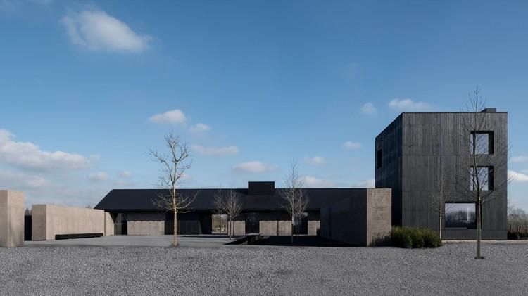 Winery VV / Vincent Van Duysen Architects, ? Koen Van Damme