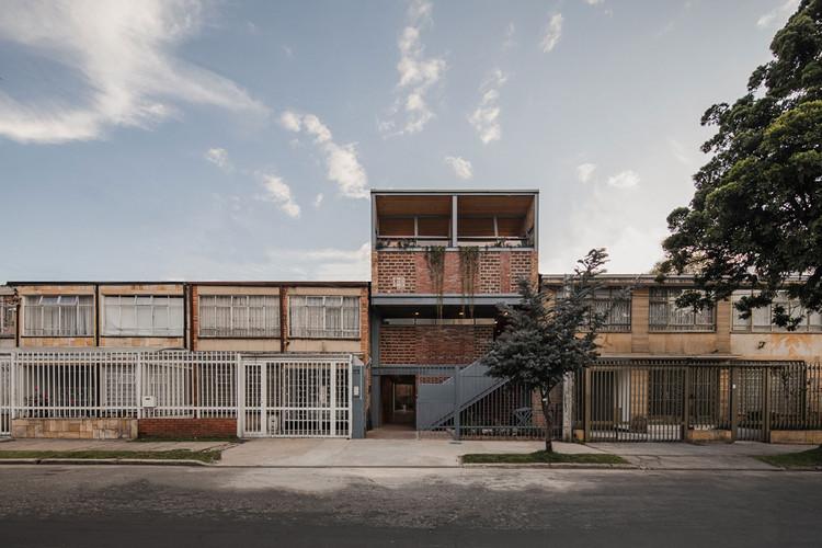 Galería Taller Binario / Yemail Arquitectura , © Alejandro Arango