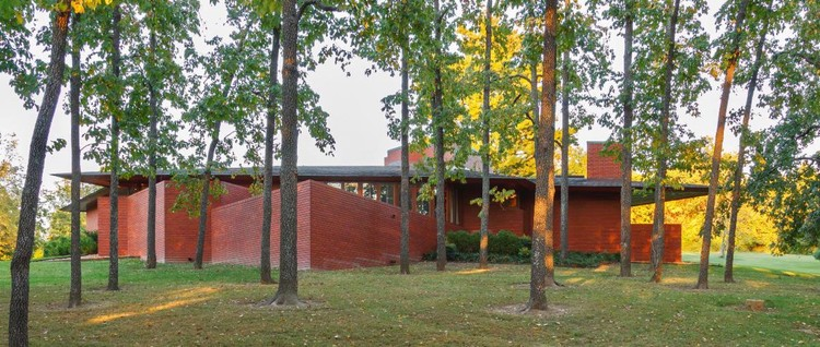Frank Lloyd Wright Ebsworth Park Virtual Tour