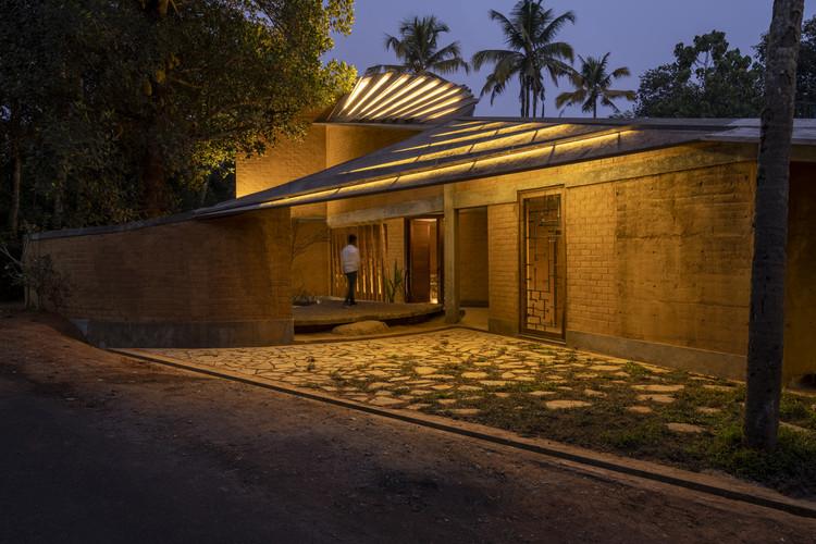 Casa con jardín de jackfruit / Wallmakers, © Anand Jaju, Syam Sreesylam