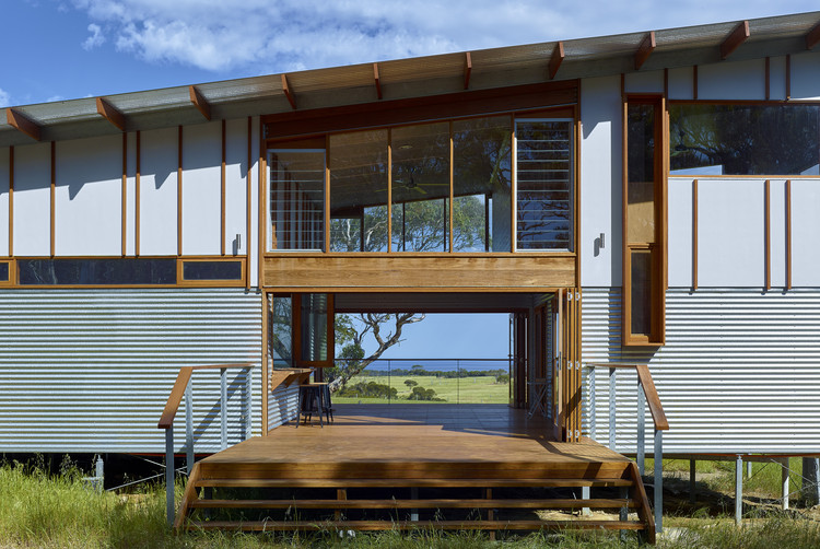 Retiro en Waitpinga / Mountford Williamson Architecture, © Philip Handforth