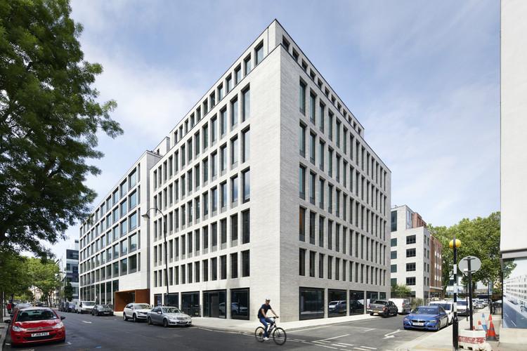 80 Charlotte Street / Make Architects, © Jack Hobhouse