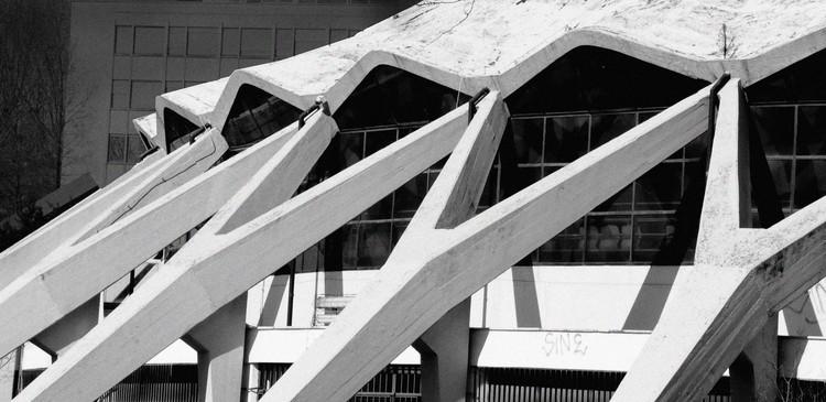 La poética concreta de Pier Luigi Nervi, pionero del brutalismo, Palazzetto dello sport. Foto de Kerry O'Connor, vía Flickr. Licencia CC BY-NC 2.0