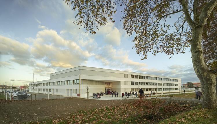 Saint Genevieve's School / Taillandier Architectes Associés, © Roland Halbe