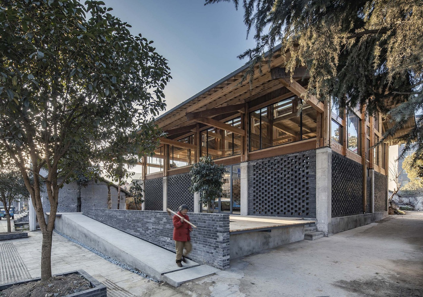 The Contemporary Transformation of Traditional Chinese Architecture