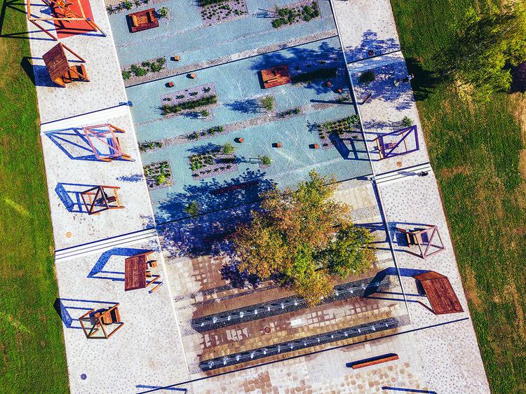 Estonian Pavilion at the Biennale Architettura 2021 Explores the Role of Urban Space in the Future of Small Towns, Põlva central square ©Tõnu Tunnel. Image Courtesy of The Estonian Centre for Architecture