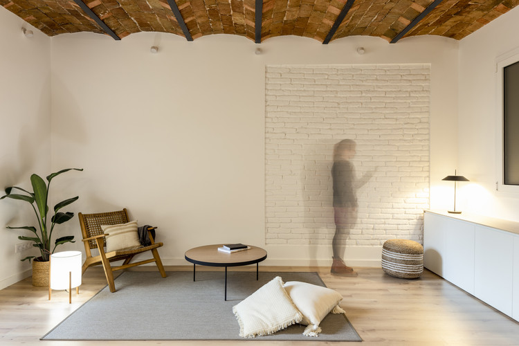 NDT.304 Apartment / MZAM, © Anna Fontacas
