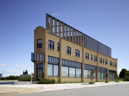 PLICO Flatiron / Rand Elliott Architects