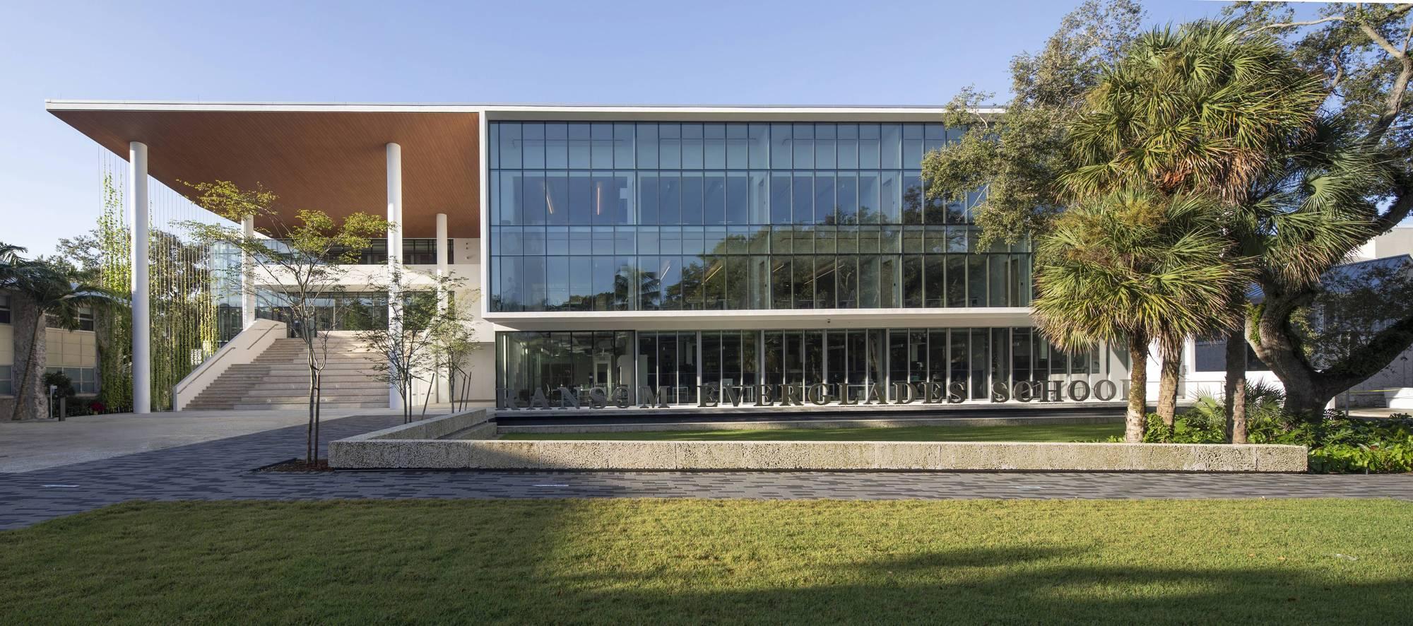 Ransom Everglades School STEM Building / Perkins&Will