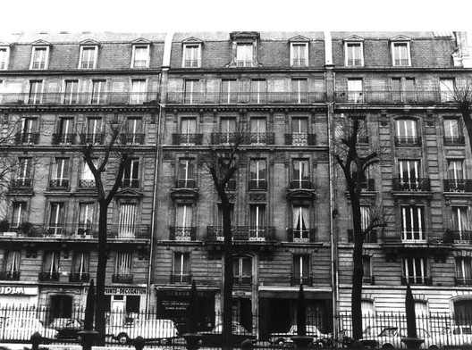 Fac¸ade composition on the boulevard Pereire. Image via Urban Forms: The Death and Life of the Urban Block by by Ivor Samuels, Phillippe Panerai, Jean Castex, Jean Charles Depaule