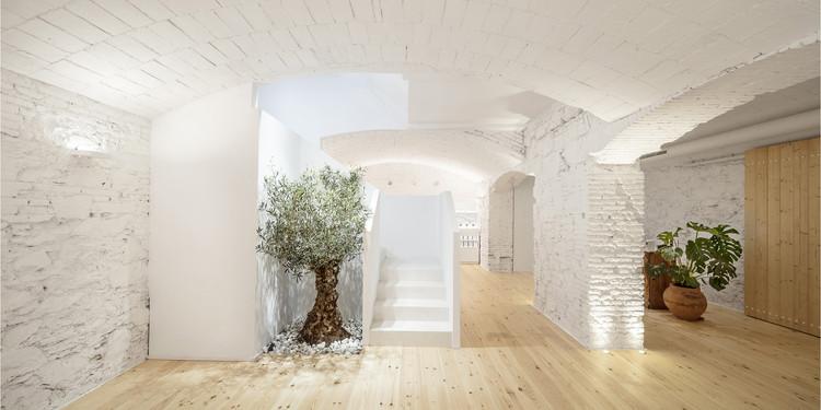 Carner Barcelona Perfumery / Jofre Roca arquitectes, © Adrià Goula