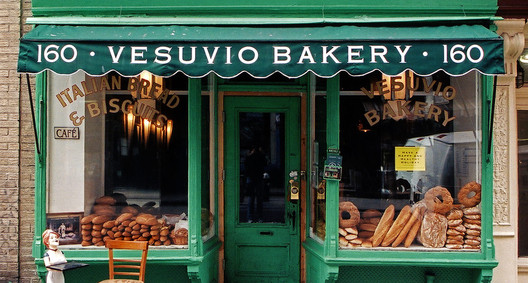 Vesuvio Bakery in Little Italy, New York, 2004. Image © James & Karla Murray