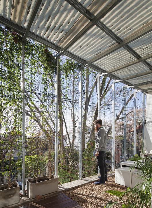 Casa Silvina y Omar / IR arquitectura. Image © Federico Cairoli