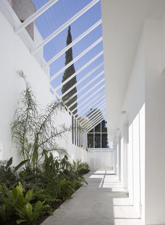 Casa Martínez / BHY arquitectos. Image © Javier Agustín Rojas
