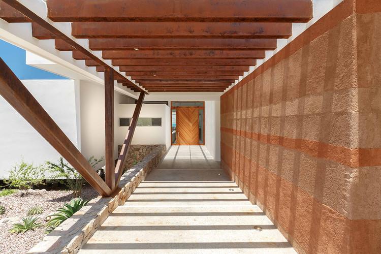 Casa Sal / Imativa Arquitectos.  Imagen © Alexander Potiomki