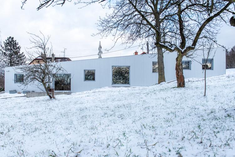 House in Ostrava / ti2 architekti, © Martin Grobař