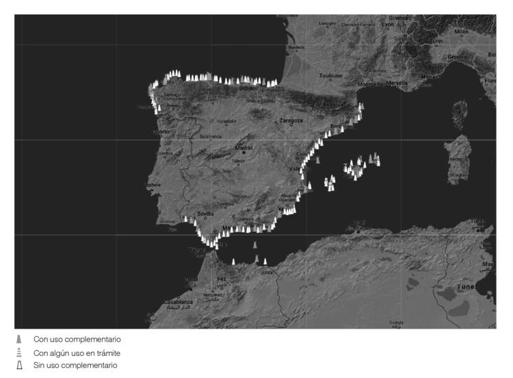 Viendo, ser visto: La evolución del Faro de Trafalgar y su influencia social en la actualidad, Dibujo realizado por el autor, a partir del plano de Usos de Faros de Puertos del Estado. Image Cortesía de Guillermo A. Blanco Alcón