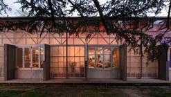 Complexo Multiuso ANU Pop-Up Village / Oculus + Craig Tan Architects