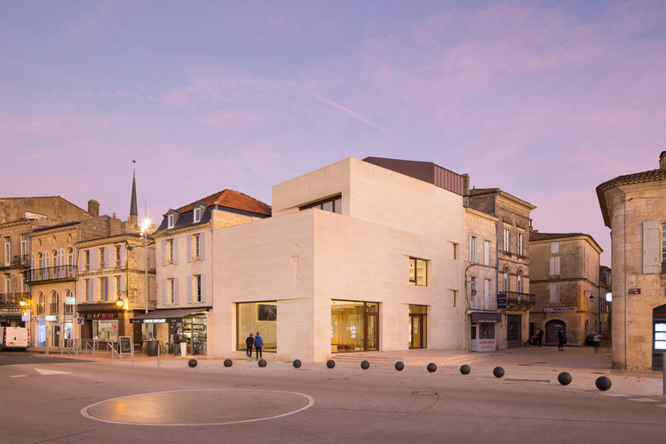 Tourist Office of Blaye / Gayet-Roger Architects, © Arthur Pequin