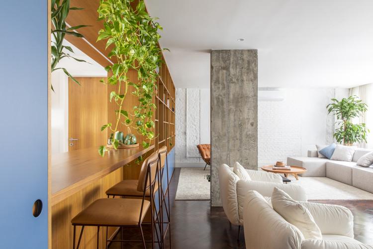 Sabará Apartment / Felipe Rodrigues Arquitetura, © Maíra Acayaba
