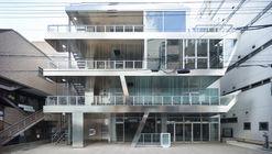 Edifício Shikism / Ryuichi Sasaki + Sasaki Architecture