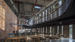 Pizza 4P's Hai Phong / Takashi Niwa Architects