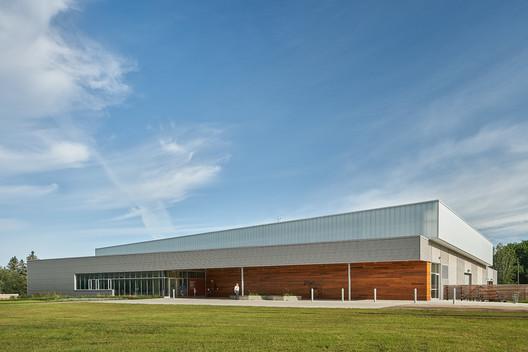 Centro Equino Whitemud / Dub Architects
