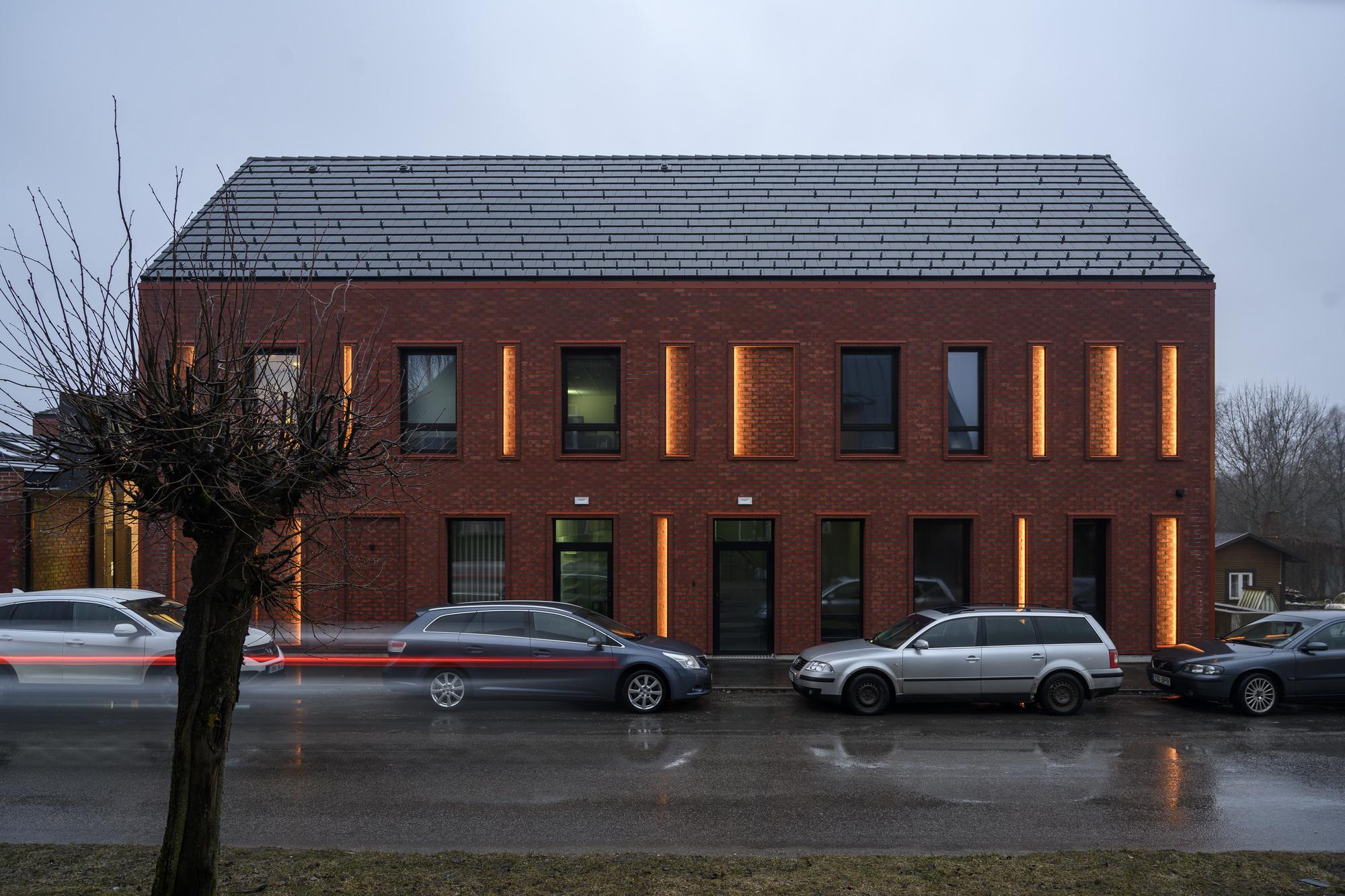 Suure-Jaani Health Centre / Arhitekt Must