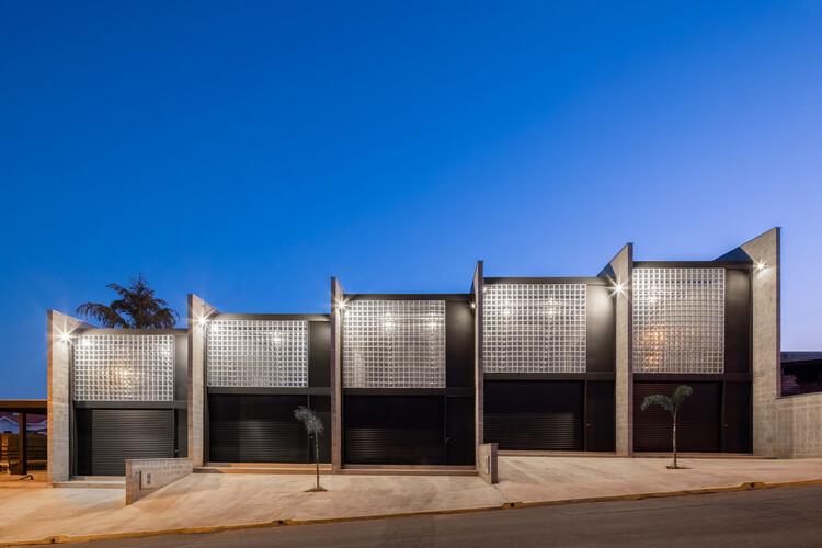 CL Warehouses / VAGA. Image © Pedro Napolitano Prata