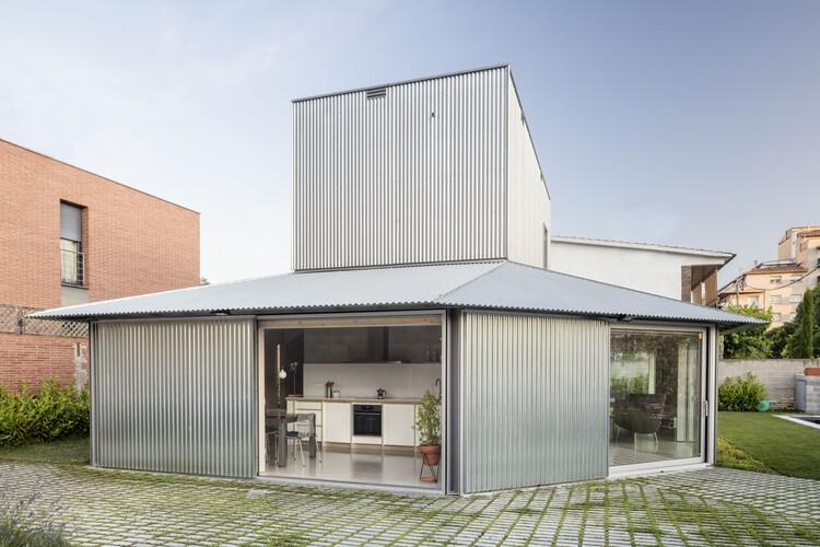 Casa 905 / HARQUITECTES, © Adrià Goula